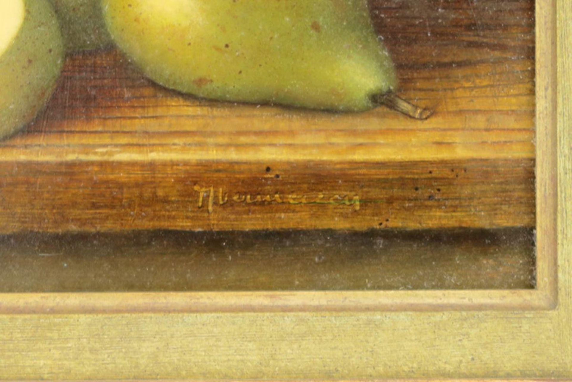 """Los 652 - Onleesbaar getekend olieverfschilderij op paneel : """"Peren"""" - 18,5 x 24 - - 20th [...]"""