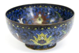 antique Chinese cloisonné bowl with flower decor - - Antieke Chinese bowl in [...]