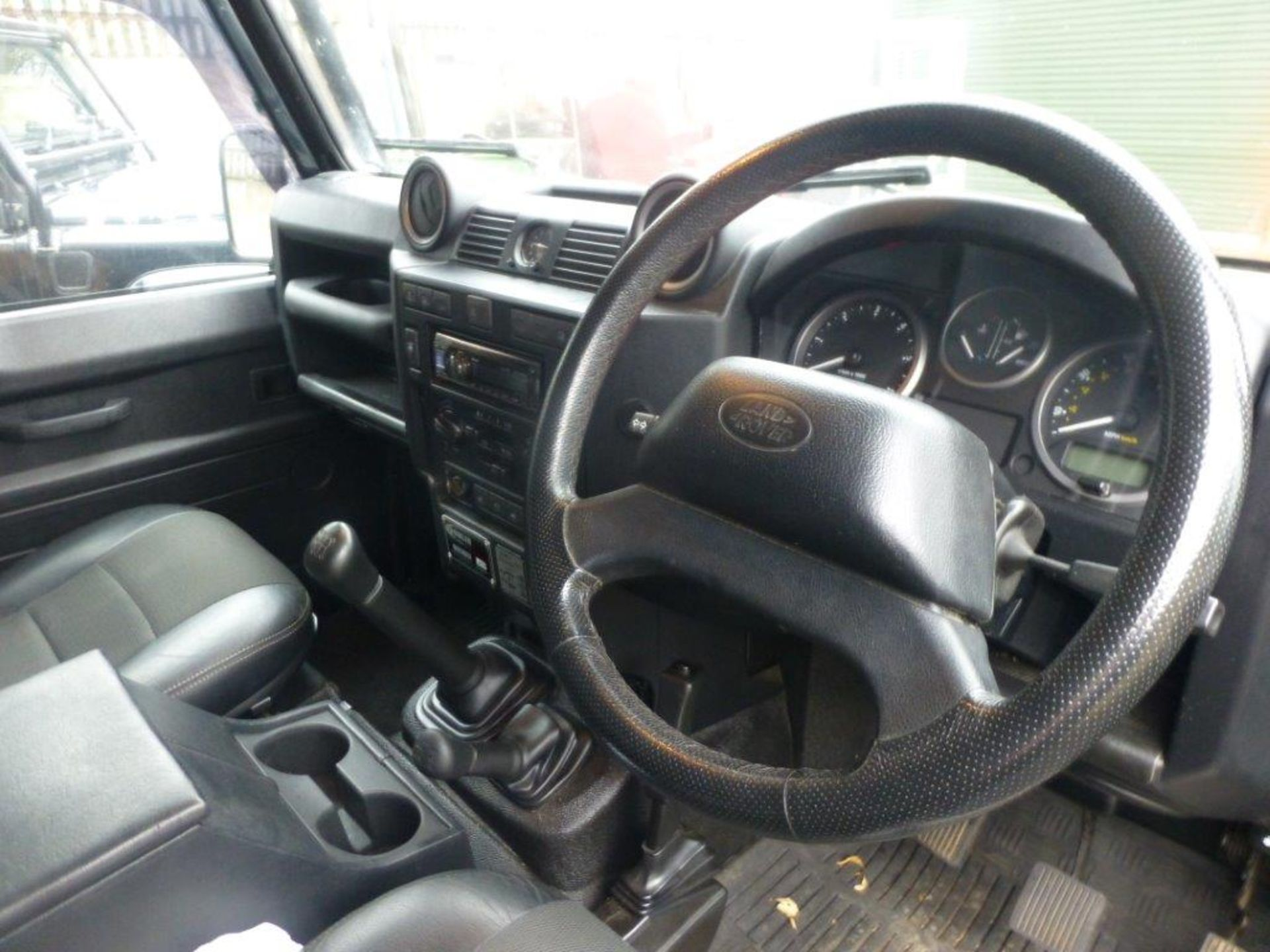 Land Rover Defender 110 XS Bowler double cab pickup TDCi (2.2). Reg no. FN15 LBK. Reg. date 23/03/ - Image 7 of 12