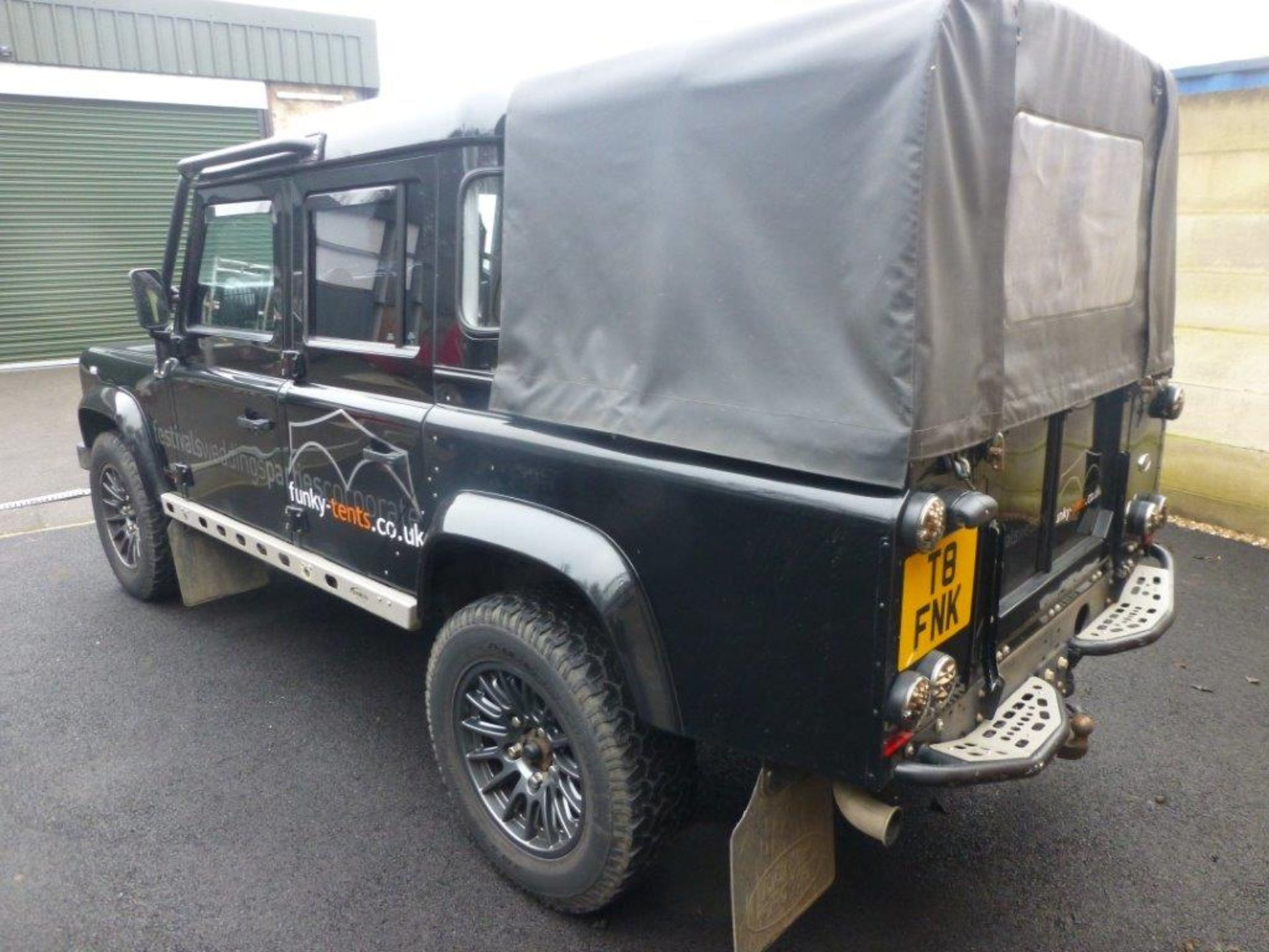 Land Rover Defender 110 XS Bowler double cab pickup TDCi (2.2). Reg no. FN15 LBK. Reg. date 23/03/ - Image 5 of 12