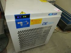 MTA DEiT 050 air dryer/oil/water separator. Year: 2014 Serial no. 220237167. *A work Method