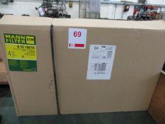 Four Mann H 15 190-16 oil filters