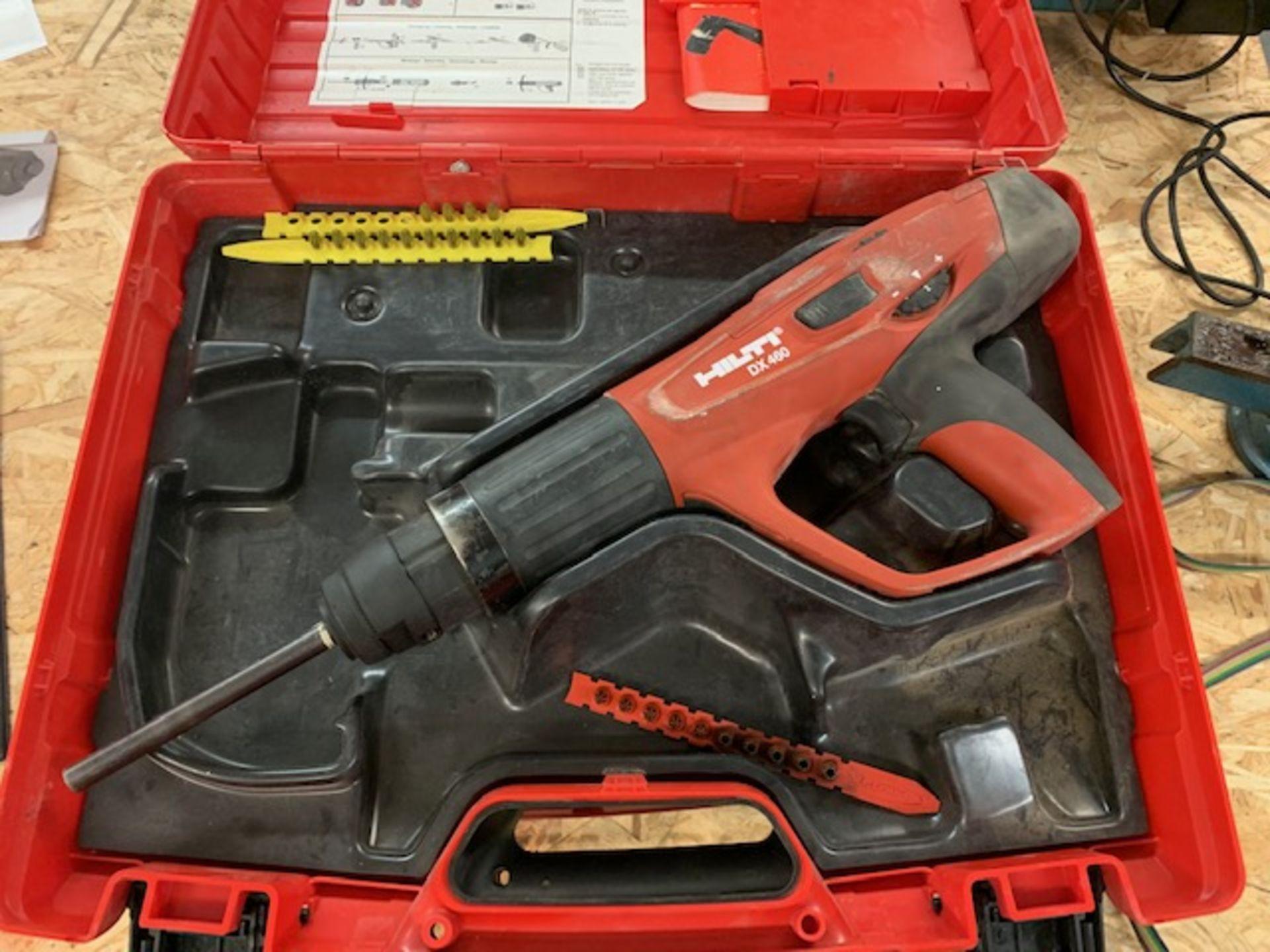 Los 83 - Hilti DX460-1E cartridge hammer nail gun