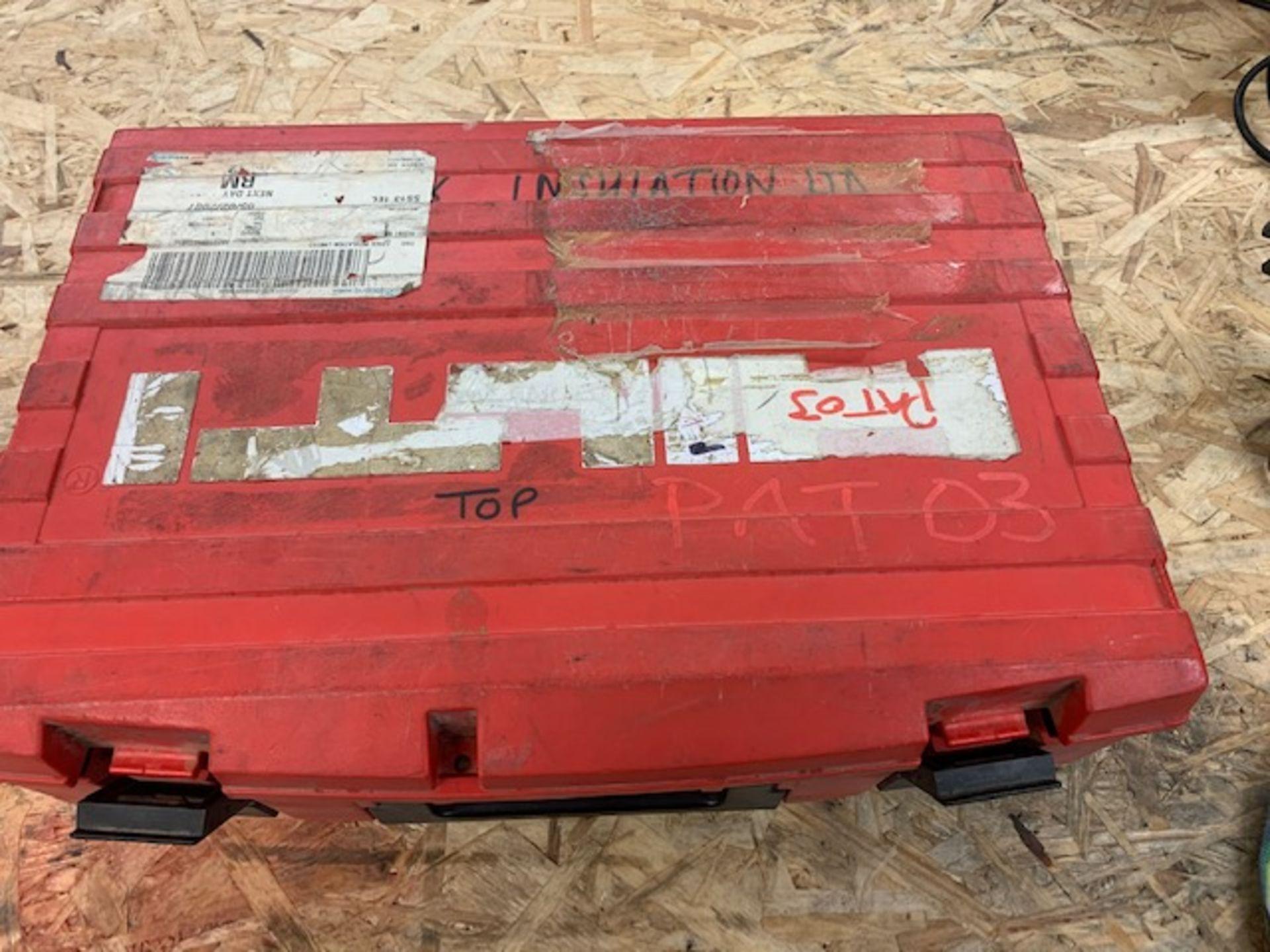 Los 84 - Hilti DXA40 Cartridge hammer nail gun