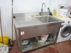 Stainless steel freestanding sink with undershelf, approx. size: 1200mm x 700mm - excluding tap