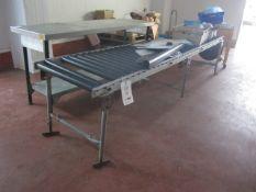 Freestanding gravity roller conveyor, 3m x 650mm
