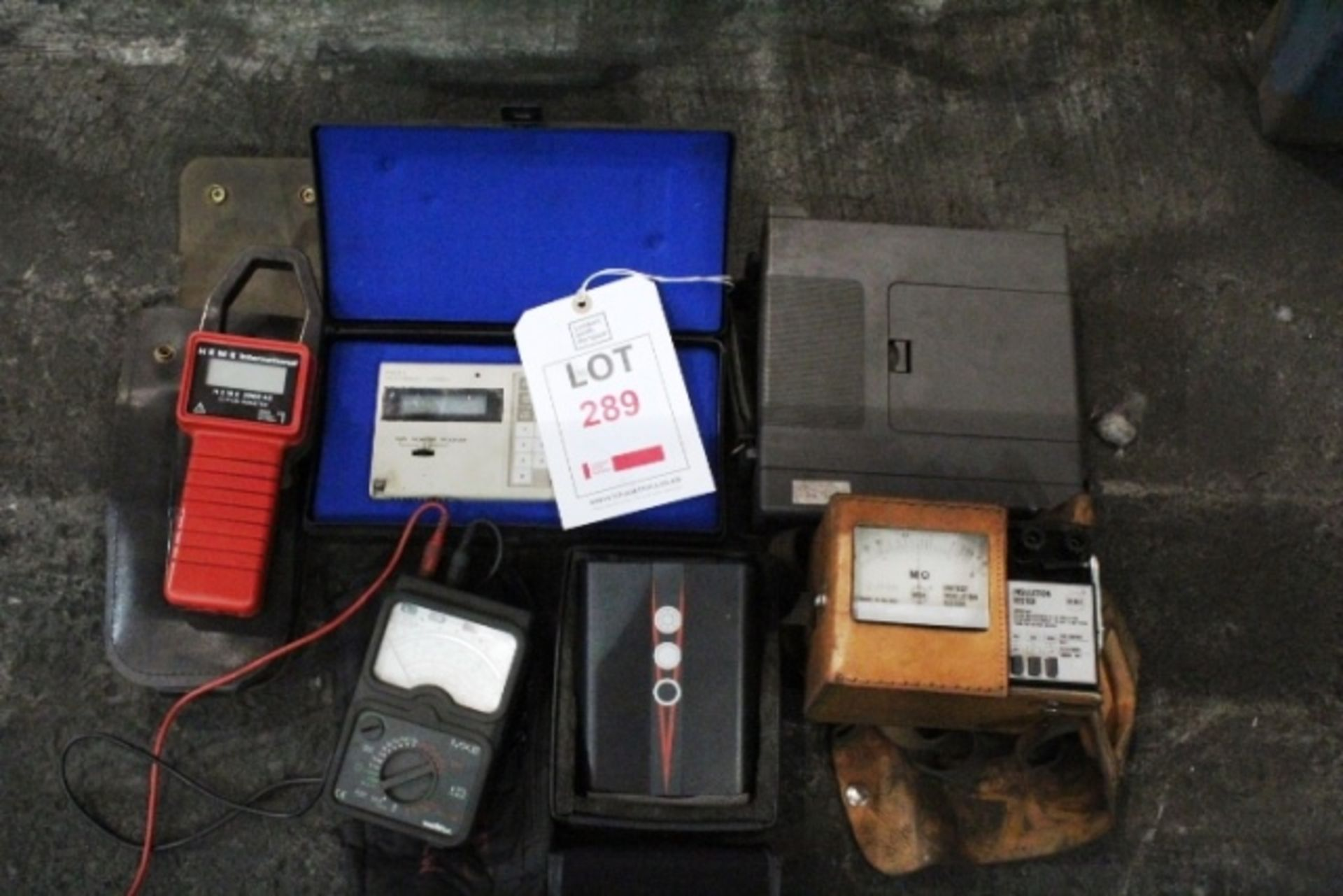 Lot 289 - Quantity of assorted test equiment to include ISO-Tech IDM 201, Omron Pro15 programme console,