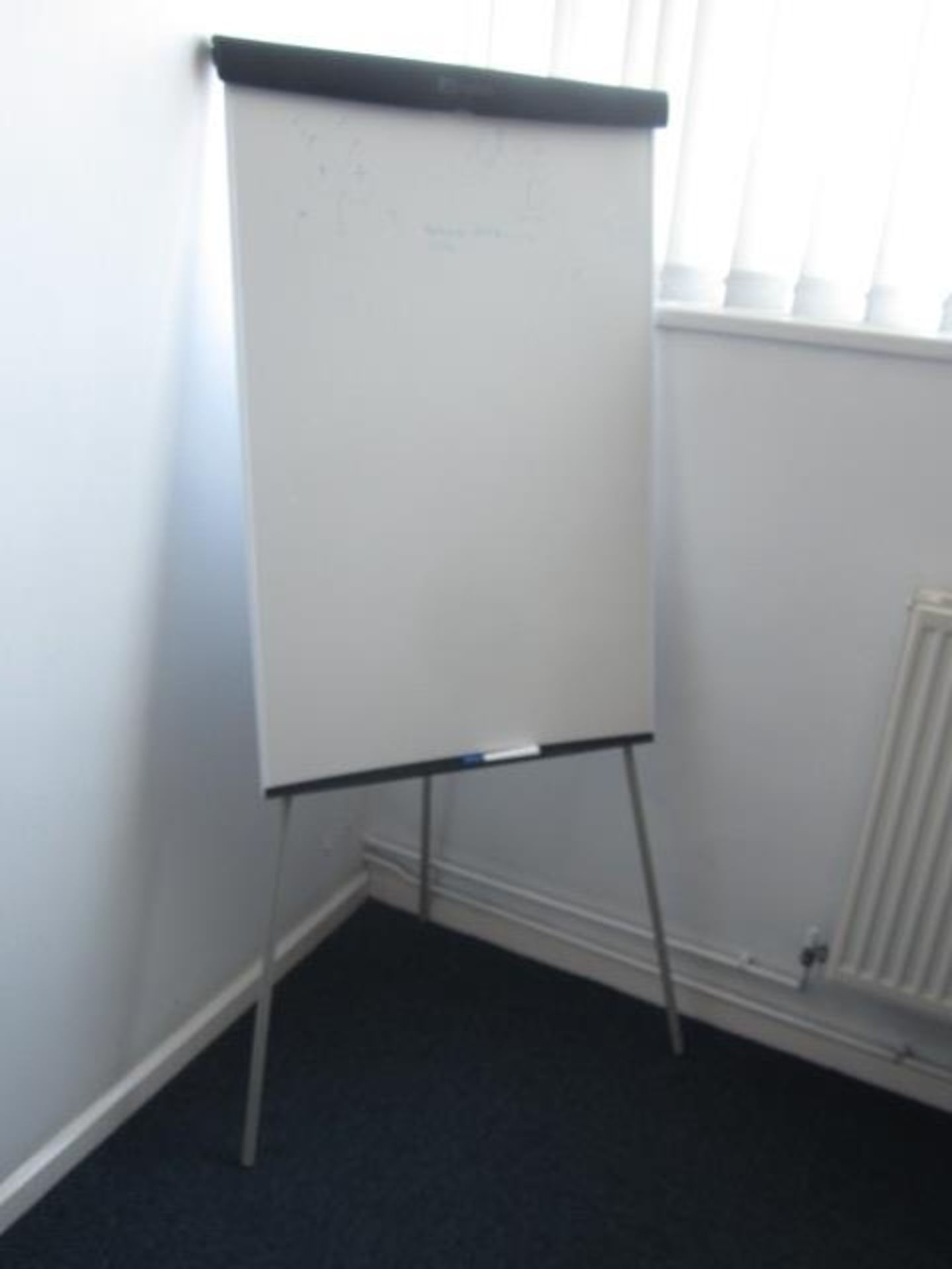 Loose contents of room including rectangular wood effect meeting table, 2.4m x 1.2m, six assorted - Image 3 of 4