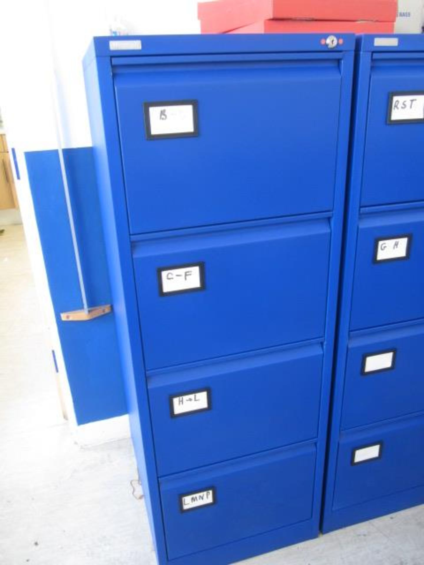 Two metal 4 drawer filing cabinets - Image 2 of 2