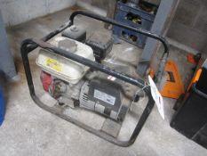 Honda GX160 portable petrol generator, code: HNMF024DPR3X001, serial no. 70368936 (2014)