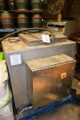 Unbadged stainless steel heating vessel (working condition unknown)