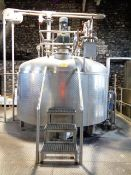 Stainless steel framed jacketed 40 barrel mash tank, approx 2800 x 2000mm, with Nord SK7382AF 132