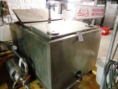 Dari-Kool stainless steel twin head water holding tank, approx 1400mm x 2400 x 1050mm (1250mm to