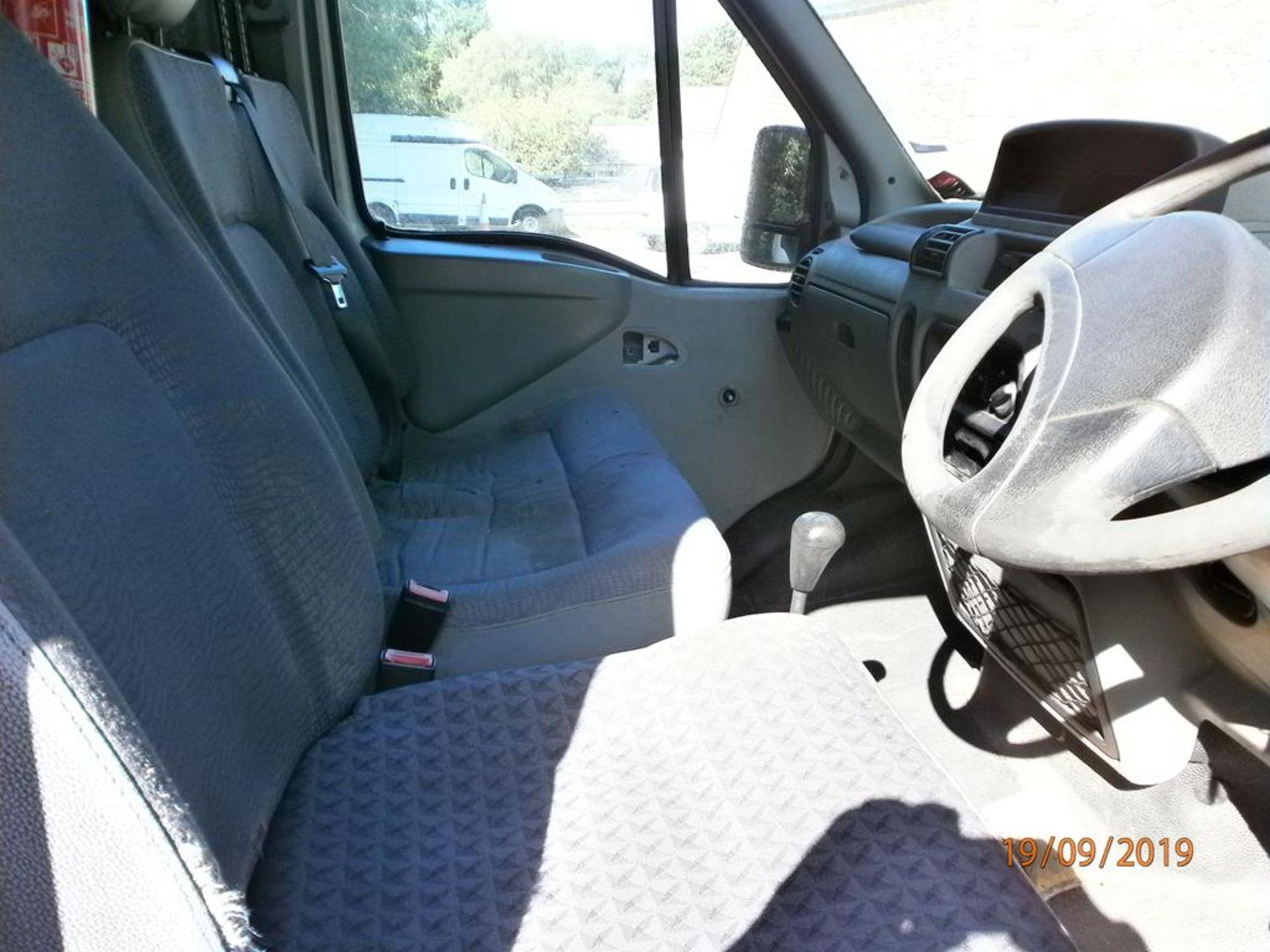 Lot 28 - Renault Master MM35TD 2.4D LWB Van
