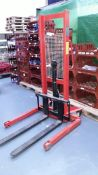 Hand Operated Manual Stacker SYC1M16-A 1600mm Lifting Height, Serial Number Y15060159