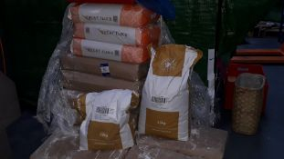11 x 25Kg Bags of Various Flour