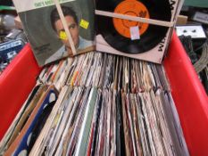 """Over 400 vinyl singles from 1960's to 1980's, to include Elvis Presley """"All Shook Up"""" (Collectors Se"""