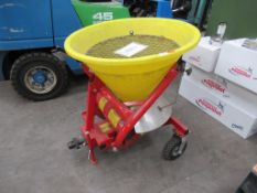 Cosmo Mounted Fertilizer Spreader