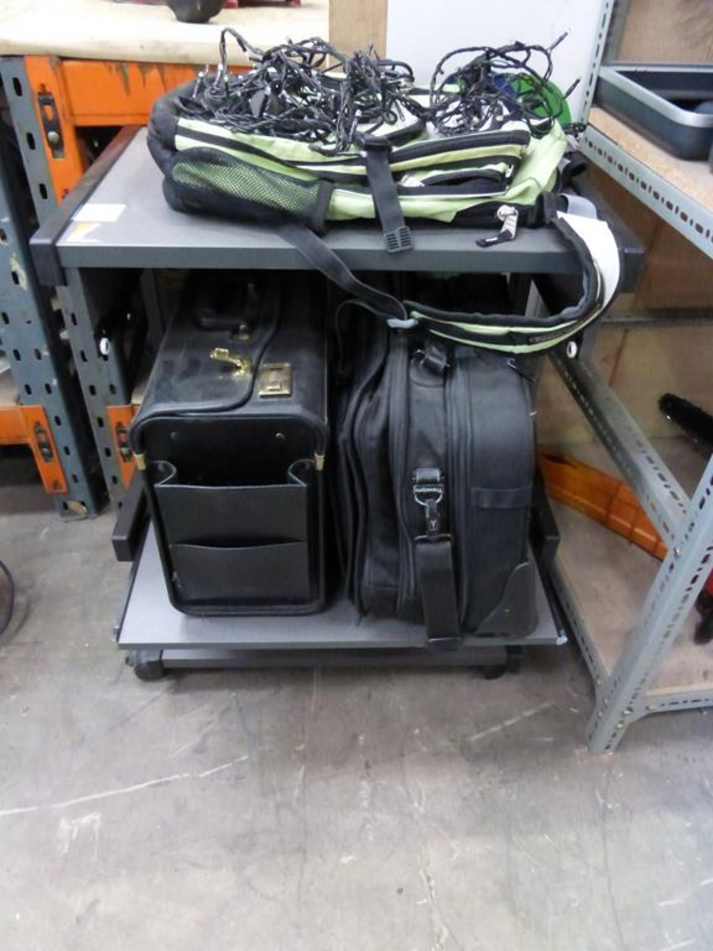 Lot 103 - Mobile Computer Desk and 5 assorted Bags