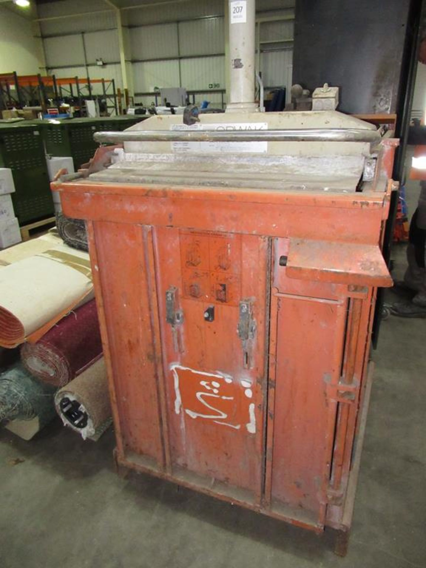 Lot 207 - An Orwak Waste Compactor