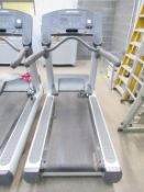 Life Fitness CLSTINHXK Treadmill with Flexdeck Shock Absorption System
