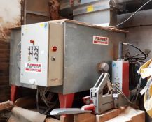 Reinbold RB120 briquette press, serial number 960-670 (2003) (Purchaser to disconnect at nearest