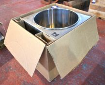 Candle Shack Ltd I Melt 70 Stainless Steel Electric Melting Vat, 240V (unused)