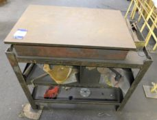 "Surface Table & Stand 2'6"" x 18"""