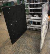 Cascade FLT Bale Grab Attachment Serial Number 33E00E208A008, Year of Manufacture 2005, Asset No. A0