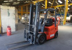 Bode 3/RMB 4x4 Column & Boom CNC Welding Manipulator System, MG MH322D CNC 4-Roll Plate Bending Machine & Heli FG250 LPG Forklift Truck
