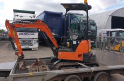 Hitachi ZAxis 19U Mini Digger (2016), Ifor Williams Trailer, Private & Light Commercial Vehicles