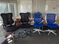 4 x Mobile Upholstery Office chairs