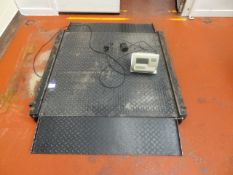 Floor sitting Pallet scale