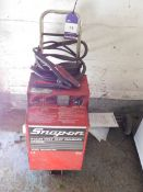 Snap-on YAH166B-UNK fast charger / booster trolley
