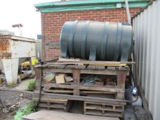 Oil/Heating Fuel Tank complete with Fuel Nozzle, comes with Wooden Workbench Stand Please Note Buyer