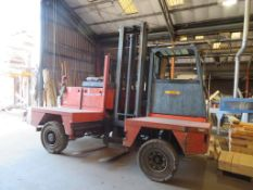2005 Boss Model 556, HH4.5m 5 Tonne Diesel Side Loader