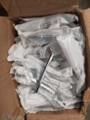 (ED15) APPROX. 240 x NEW CITTERIO GIULIO GROOVE 160MM CHROME HANDLES. RRP £15 EACH.