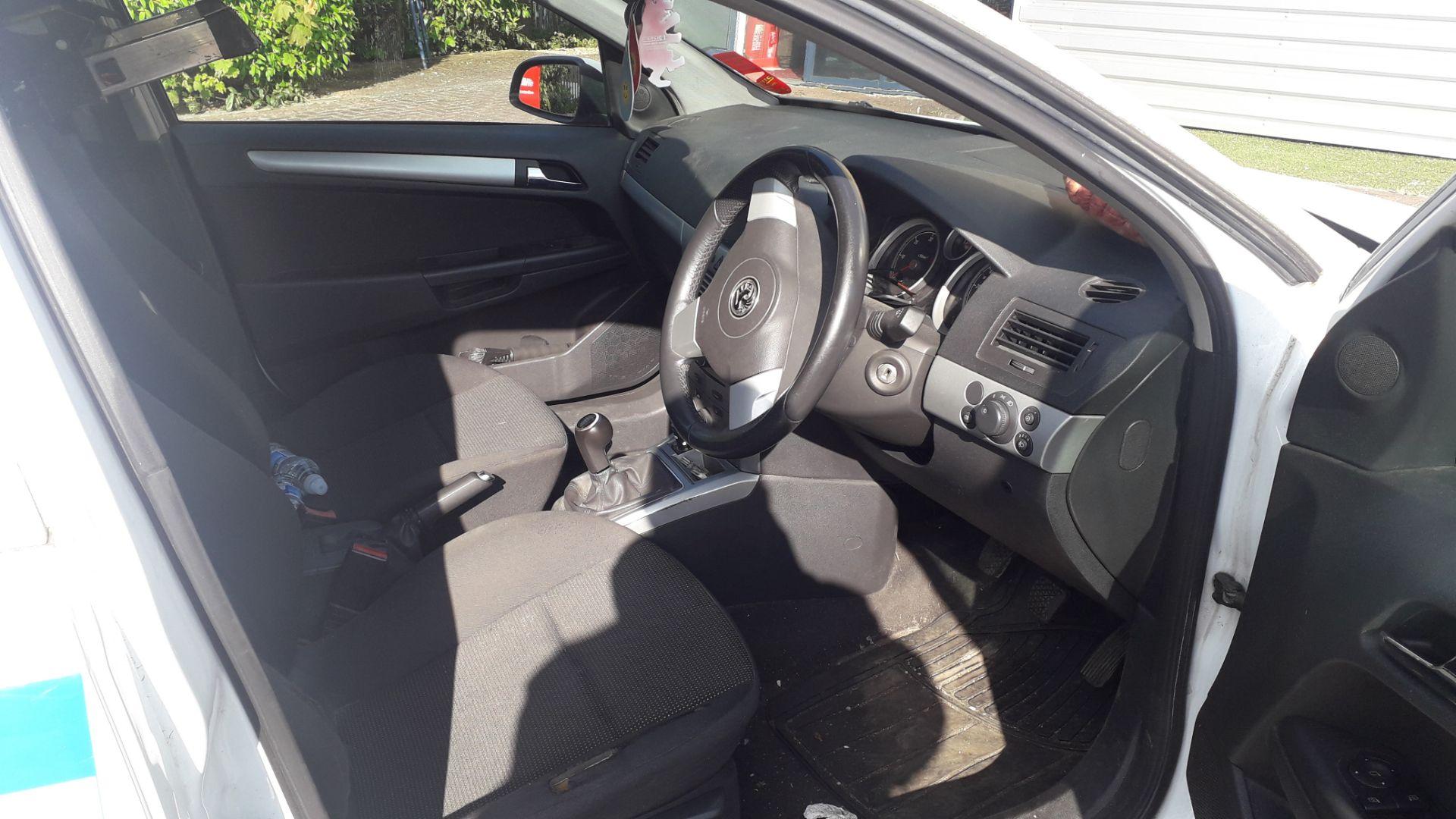 Lot 1A - Vauxhall Astra Sportive CDTi Car Derived Van 1248c