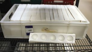 Approx. 32 White Silica Moulds, 5 Section