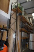 5 x Bays of Link 5M pallet racking, comprising: 6 x 6m uprights, 30 x 2.4m cross beams, wooden