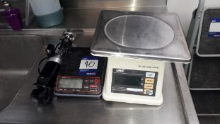 2 x Electric Platform Scales and Waring Commercial