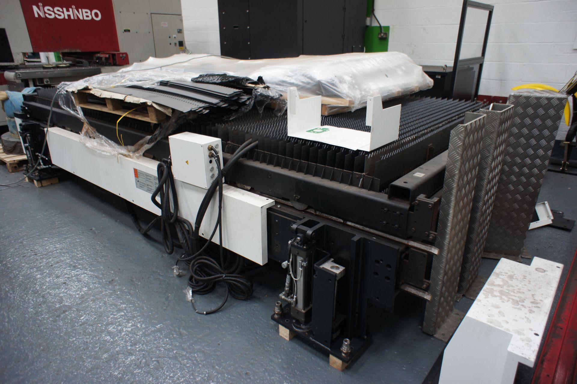 2015 - Mazak OptiPlex 4020 II Laser Cutting Machin - Image 11 of 15