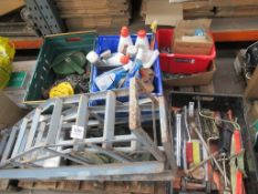 Pallet of automotive equipment/consumables