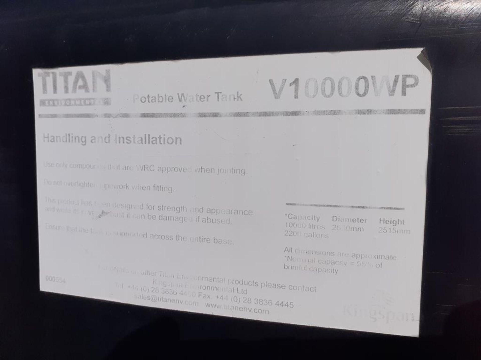 'Titan' 10,000L capacity portable water tank - Image 2 of 2