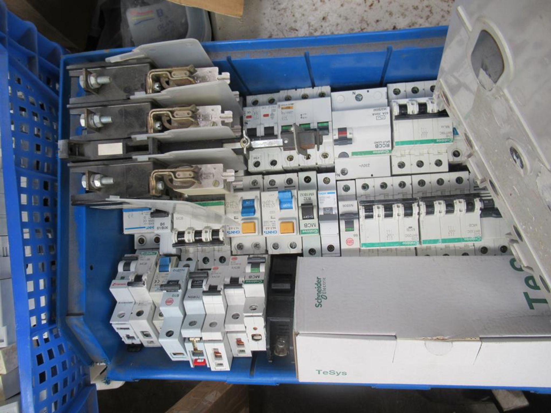 Pallet including a large qty of MCBs and RCDs, bar - Image 8 of 11