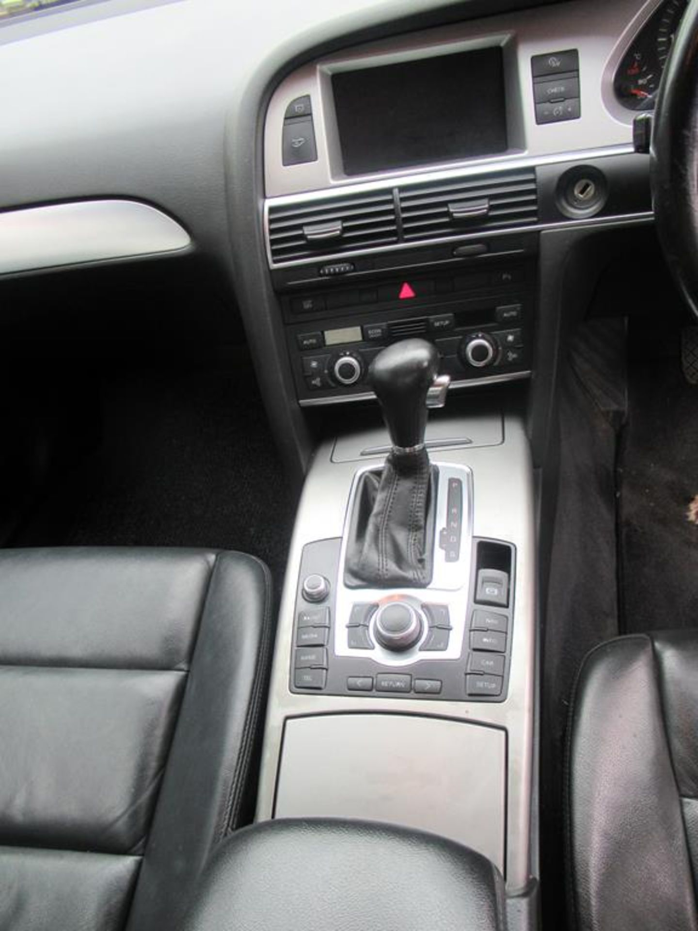 Audi A6 2.7TDI automatic with SatNav and bluetooth - Image 12 of 16