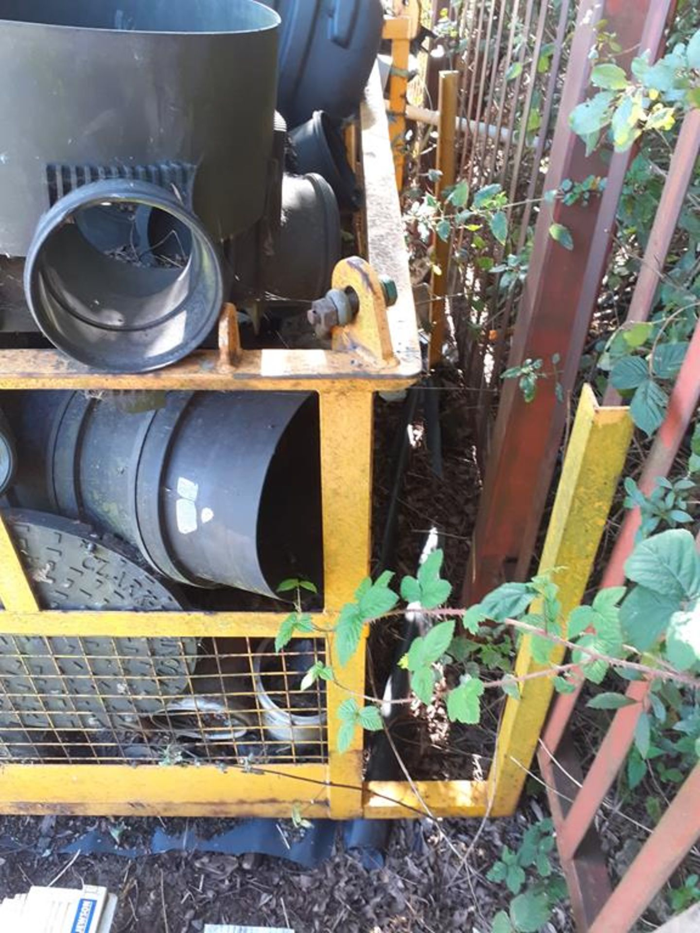 Forklift safety cage - Image 2 of 2