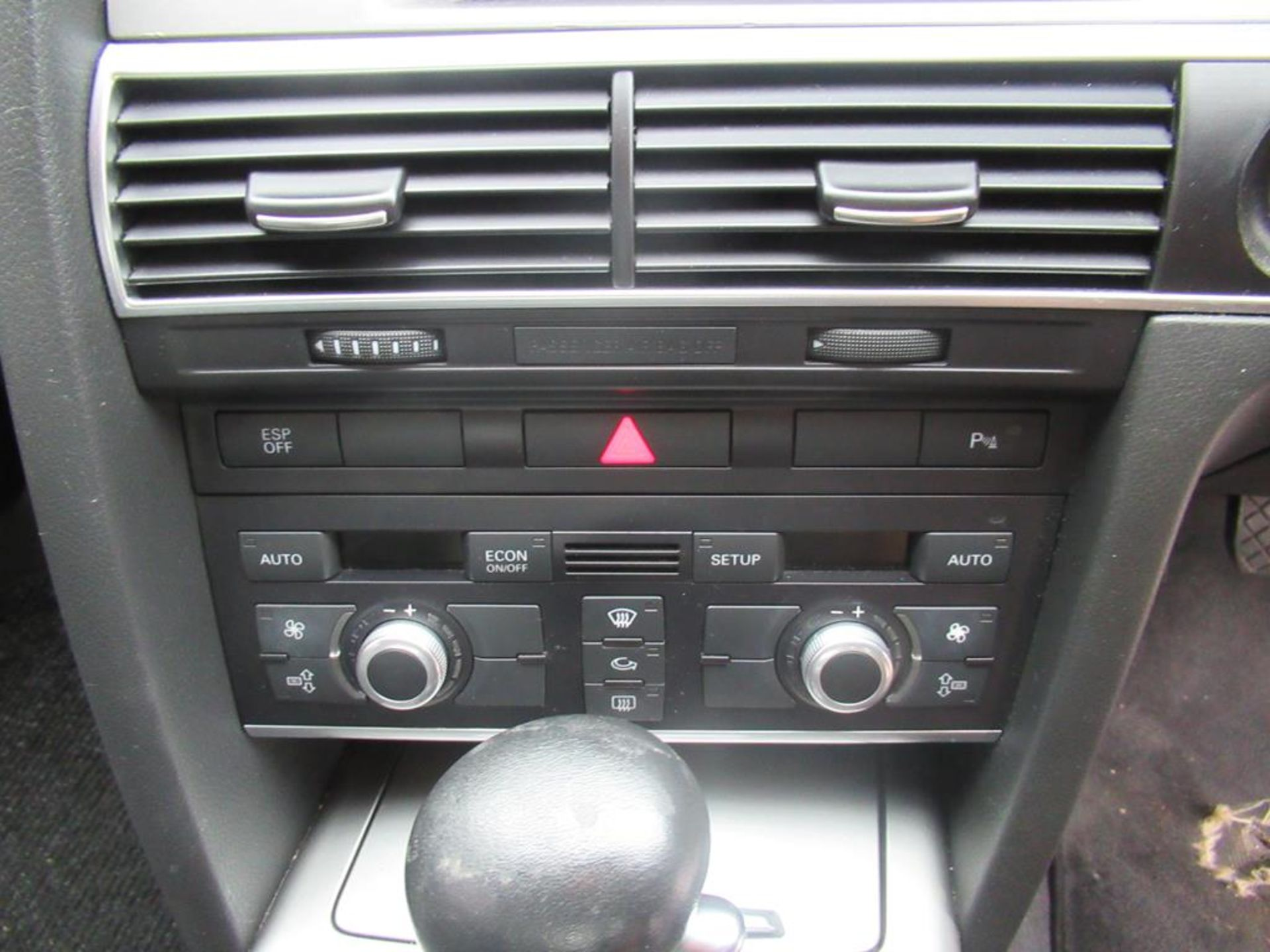 Audi A6 2.7TDI automatic with SatNav and bluetooth - Image 14 of 16