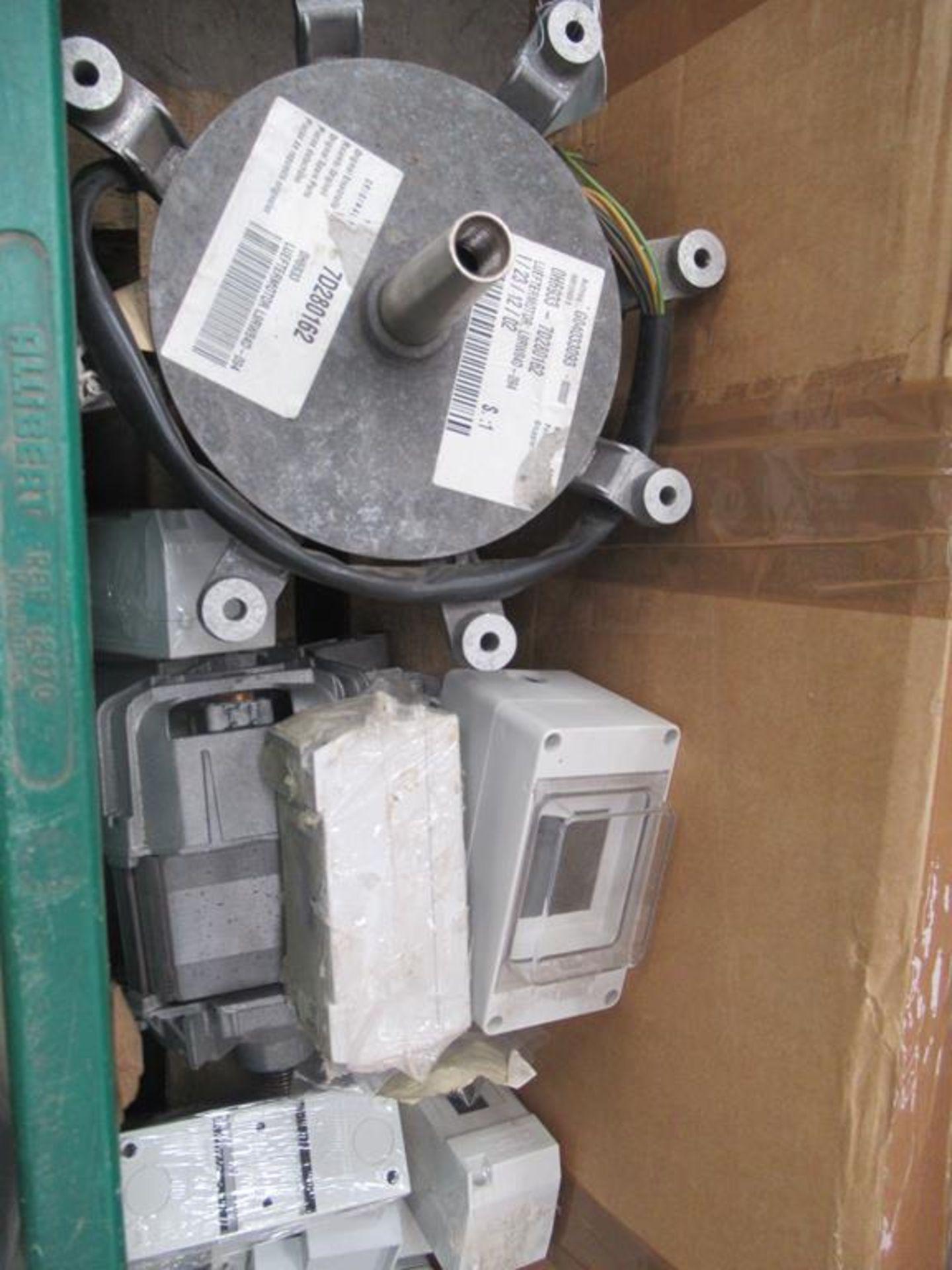 Pallet including 3 x Wells Krautkrammer USM2 ultra - Image 3 of 9