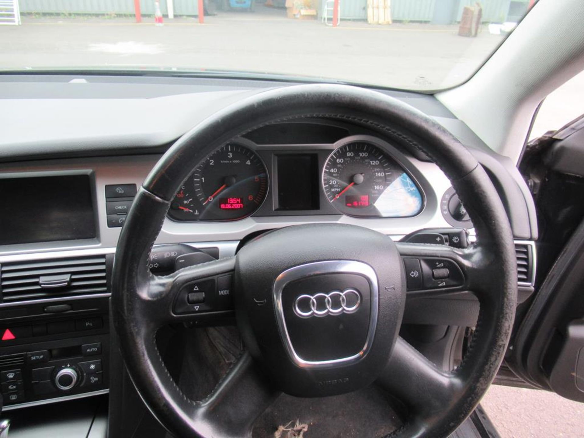 Audi A6 2.7TDI automatic with SatNav and bluetooth - Image 13 of 16